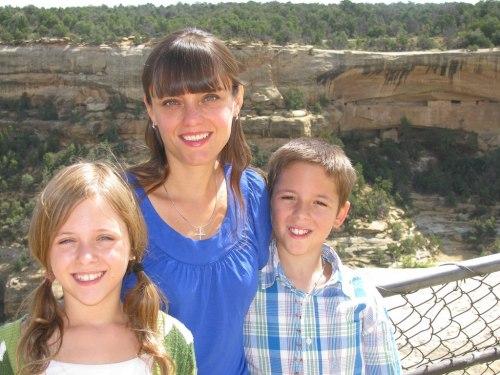 Claudia Moscovici cu copiii